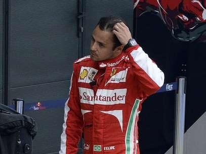 A batida em Silverstone é a terceira consecutiva do piloto em treinos Foto: Reuters