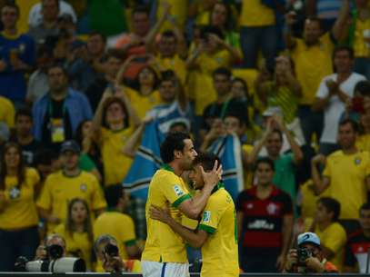 Fred e Neymar se destacaram na vitória brasileira Foto: Daniel Ramalho / Terra
