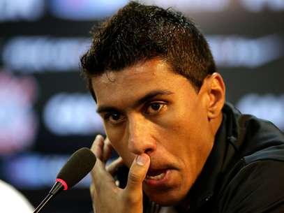 Paulinho se despediu do Corinthians na segunda-feira Foto: Miguel Schincariol / Luís Moura