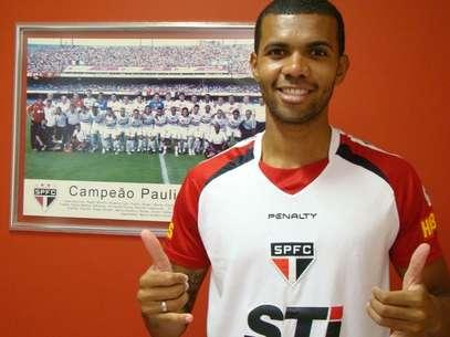 Gladestony irá ao futebol português Foto: São Paulo FC / Divulgação