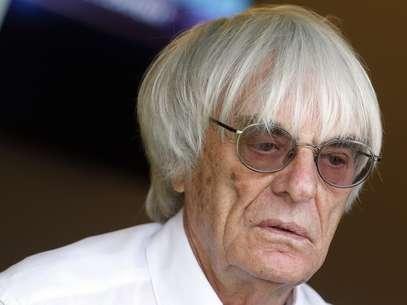 Ecclestoneironizaos moldes das atuais negociações da Fórmula 1 para defender uma mulher para substituí-lo no comando da categoria Foto: Reuters