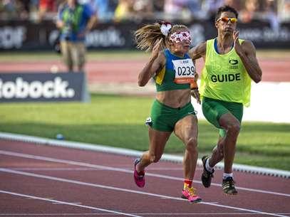 Terezinha Guilhermina já conquistou o ouro dos 100 m T11 em Lyon Foto: Márcio Rodrigues/MPIX/CPB / Divulgação