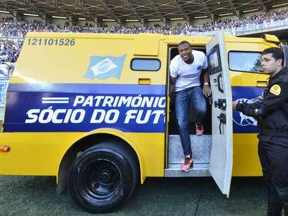 Júlio Baptista tem sido tratado como reforço de peso pelo clube de Belo Horizonte Foto: Juliana Flister / Vipcomm