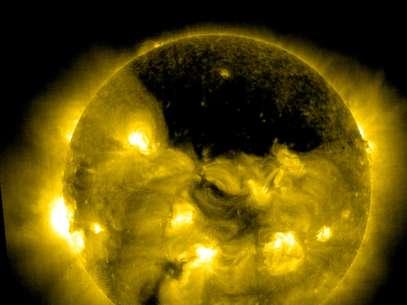 Buraco no Sol foi registrado pela sonda Soho, da Nasa Foto: Nasa / Divulgação