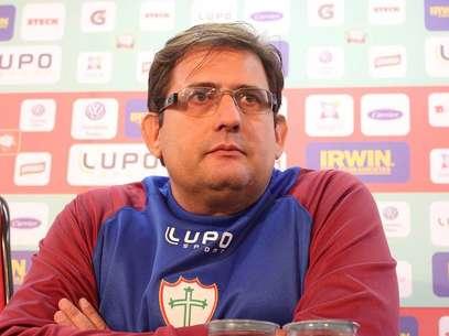 Novo treinador evitou falar sobre reforços para não tirar confiança de jogadores Foto: Facebook / Reprodução
