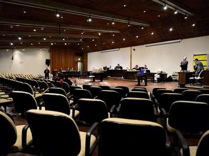 O julgamentoserá retomado às 13h Foto: Fernando Borges / Terra