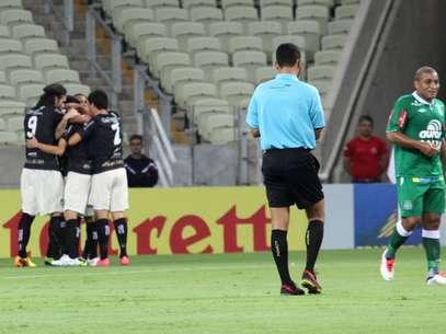 Time cearense tomou gol no primeiro minuto, mas virou para 3 a 1 em apenas 15 minutos Foto: LC Moreira / Futura Press