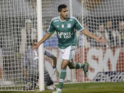 Reforço para o segundo semestre, Kardec fez seus dois primeiros gols pelo Palmeiras Foto: Ricardo Matsukawa / Terra