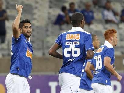 Luan abriu o placar para o Cruzeiro a 11min de jogo diante do Coritiba Foto: Washington Alves / Vipcomm