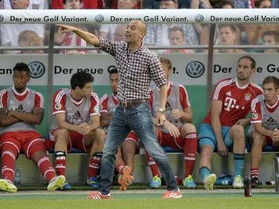 Guardiola venceu a primeira em jogos oficiais pelo Bayern Foto: AP
