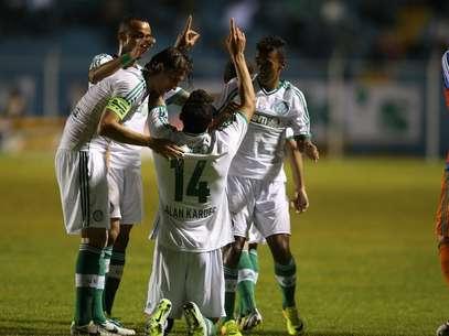 Alan Kardec tem feito gols e mostrado qualidades técnicas Foto: Marcello Zambrana/ Inovafoto / Gazeta Press