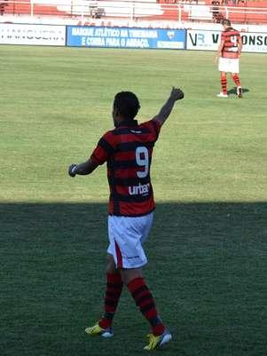 Ricardo Jesus fez o primeiro gol do Atlético-GO Foto: MEI João Paulo Bezerra Di Medeiros - Especial para o Terra
