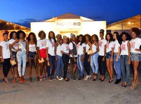 Manifestação pedia mais espaço a modelos negros no Fashion Rio Foto: Daniel Ramalho / Terra
