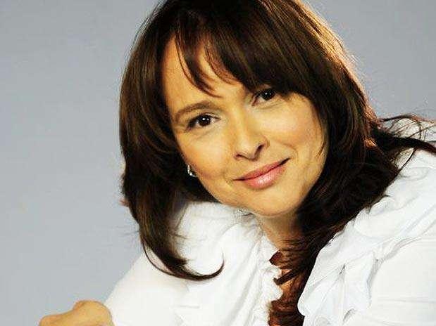 A atriz e deputada Myrian Rios (PSD) é a autora do projeto, chamado \