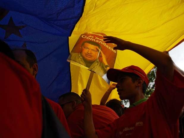 Milhares de pessoas participaram de atos para lembrar o aniversário de 55 anos da democracia na Venezuela Foto:  / AFP
