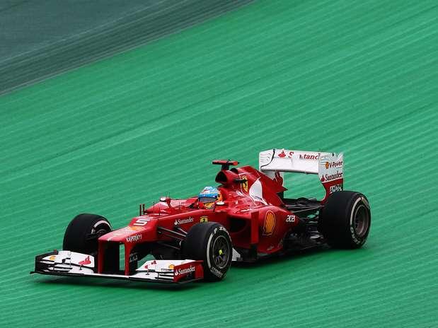 A Ferrari mudou o padrão do último ano, quando usou apenas a temporada como referência para o nome do F2012 Foto:  / Getty Images