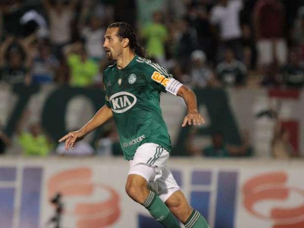 Barcos abriu o placar para o Palmeiras contra o Oeste Foto: Celio Messias / Agência Lance