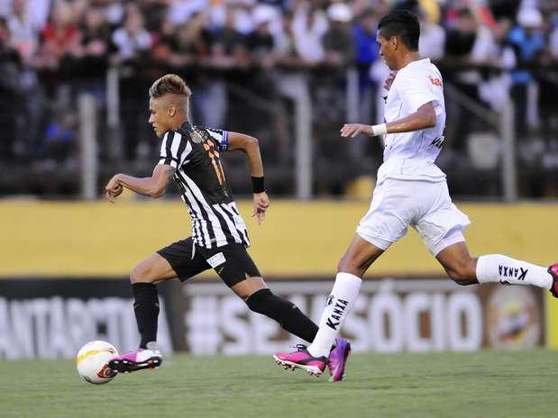 Neymar tomou \