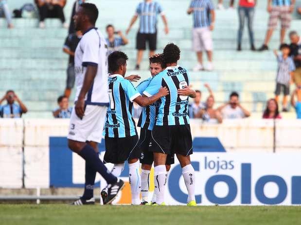 Depois de três derrotas seguidas, Grêmio utilizou titulares no Olímpico e não deu chances ao São José Foto: Lucas Uebel/Grêmio FBPA / Divulgação