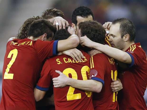 Espanhois venceram por 3 a 1 em amistoso nervoso contra o Uruguai Foto: Reuters