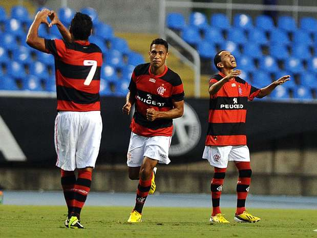 Camisa 7, Hernane marcou seu oitavo gol em sete rodadas de Estadual Foto: Mauro Pimentel / Terra
