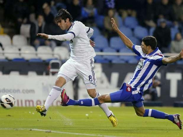 Meia brasileiro teve excelente atuação no segundo tempo contra La Coruña Foto: EFE