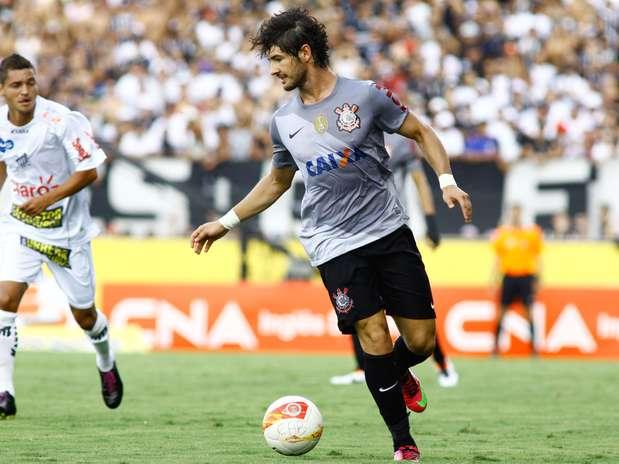 Pato teve ótima atuação, mas não evitou novo tropeço alvinegro Foto: Luis Moura / Gazeta Press