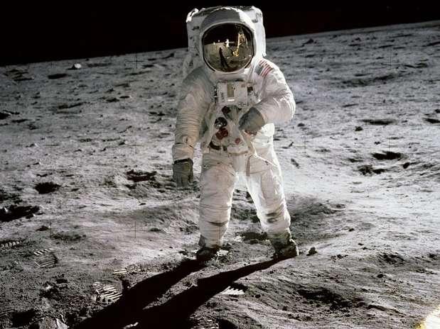 Não demorou para eu descobrir que o desafio para mim não era ser um operador indo à Lua. Era voltar e ser uma pessoa aqui na Terra, diz Buzz Aldrin Foto: Nasa / Divulgação