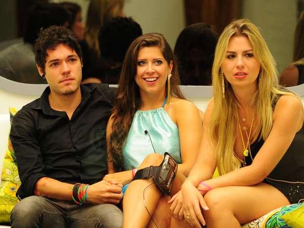 Fernanda está na final com Nasser e Andressa Foto: TV Globo / Divulgação
