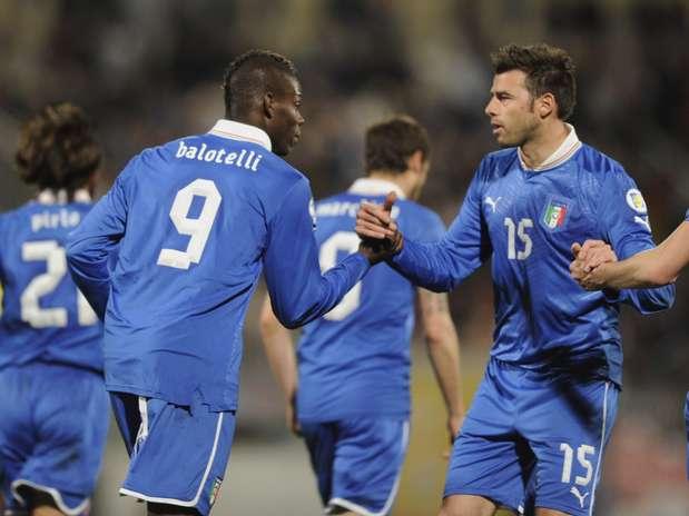 Balotelli fez dois gols no primeiro tempo Foto: Getty Images