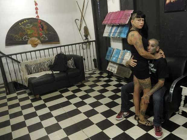Ana Paula Costa e Tiago Marques da Silva alegam teremsido impedidos de acompanhar gravação de programa Foto: Daniel Ramalho / Terra