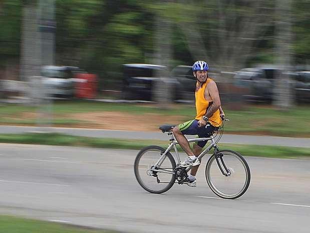 O publicitário Valério Alves conta que começou a pedalar de ré ainda na infância Foto: Divulgação