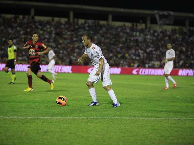 Contra Flamengo-PI, Santos ficou no 2 a 2 e manteve partida de volta Foto: Moisés Saba / Vipcomm