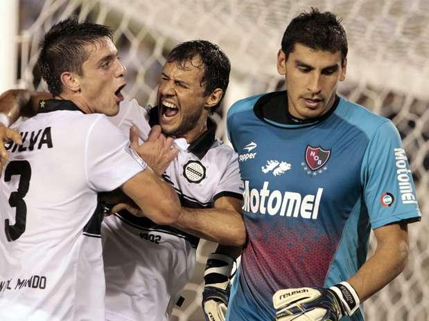 Olímpia massacrou o Newell's Old Boys pela Copa Libertadores Foto: EFE