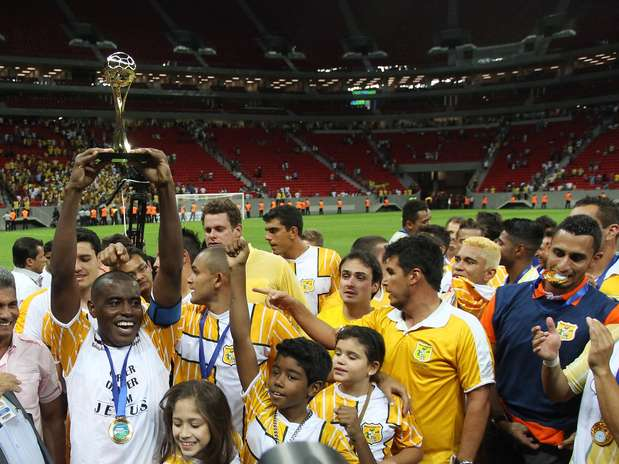 Brasiliense fez 3 a 0 sobre o Brasília e conquistou o título Foto: Adalberto Marques/Agif / Gazeta Press