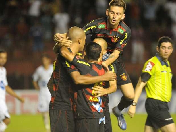 Sport venceu na estreia do técnico Marcelo Martelotte Foto: Aldo Carneiro / Agência Lance