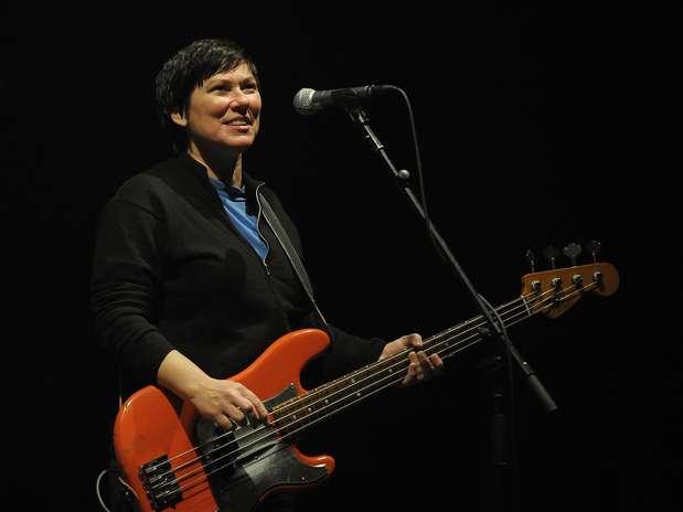 Kim Deal em show do Pixies em 2009 Foto: Getty Images