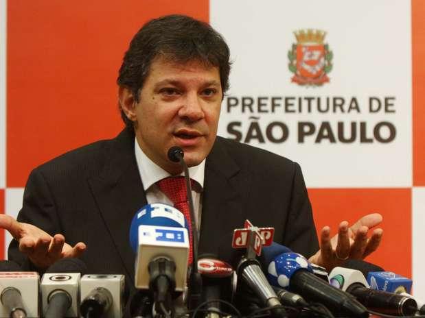 Prefeito de São Paulo volta atrás e anuncia a redução da tarifa de ônibus na capital Foto: Marcos Bezerra / Futura Press