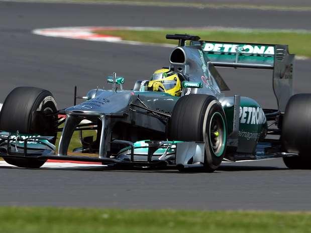 Piloto da Mercedes conquistou terceira vitória na carreira, a segunda em 2013 Foto: Getty Images