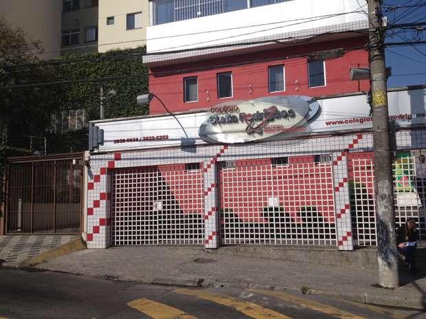 A escola onde o menino de 13 anos estudava ficou fechada nesta terça-feira, após o crime na Brasilândia Foto: Fábio Santos / Terra