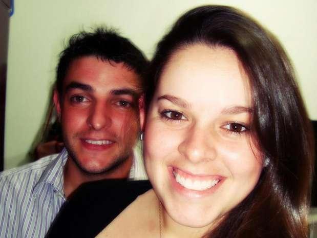 Jéssica de Lima Röhl e o namoradoAdriano Stephanel morreram após acidente em rodovia de Toledo, no Paraná Foto: Facebook / Reprodução