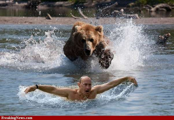 Las imágenes de Putin sin camisa cazando sobre un caballo dieron la vuelta al mundo y generaron infinidad de memes.