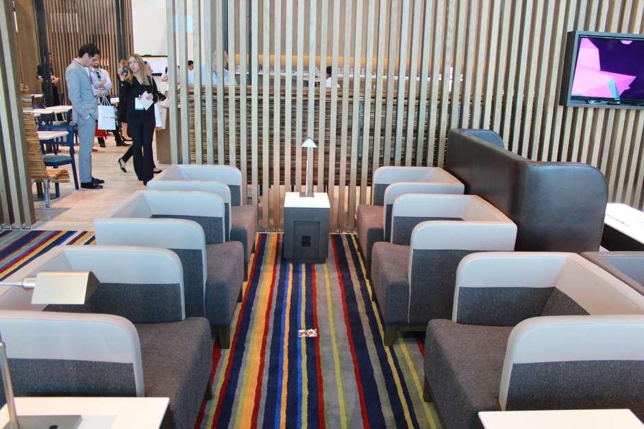 A Latam Airlines, gruporesultante da fusão das companhias aéreasbrasileira TAM com a chilena LAN, inaugurou a maior sala VIP da América Latina no Aeroporto de Guarulhos, na região metropolitana de São Paulo, nesta terça-feira; empresa investiu mais de R$ 10 milhões no espaço Foto: Eduardo Vasconcelos / Terra