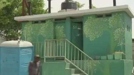 Haiti combate cólera com privada ecológica