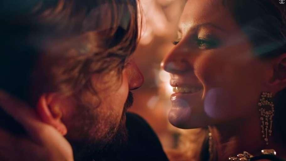 Gisele Bündchen estrela campanha do perfume Chanel Nº5