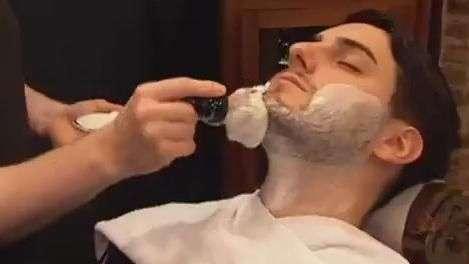 Alemães se rendem ao retrô e barbearias voltam com tudo