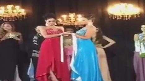 Barraco! Vice arranca coroa de Miss Amazonas 2015