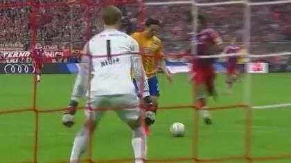 Alemão: Neuer salva Bayern de Munique com defesa espetacular