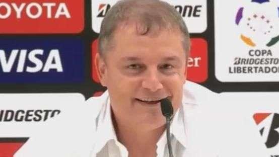 """Inter: Aguirre quer comemoração com """"cervejinha"""" e família"""