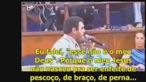 Vídeo de Feliciano contra crucifixo viraliza 22 anos depois